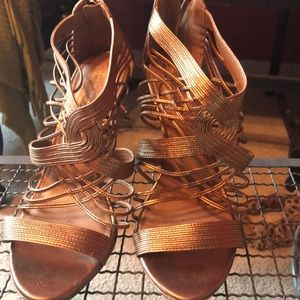 Elie Tahari metallic copper strapped heels
